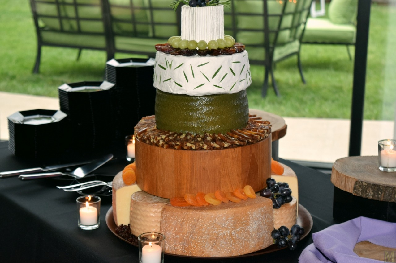 cheese wheel wedding cake how to cut five tier cheese wheel wedding cake make it like a 12630